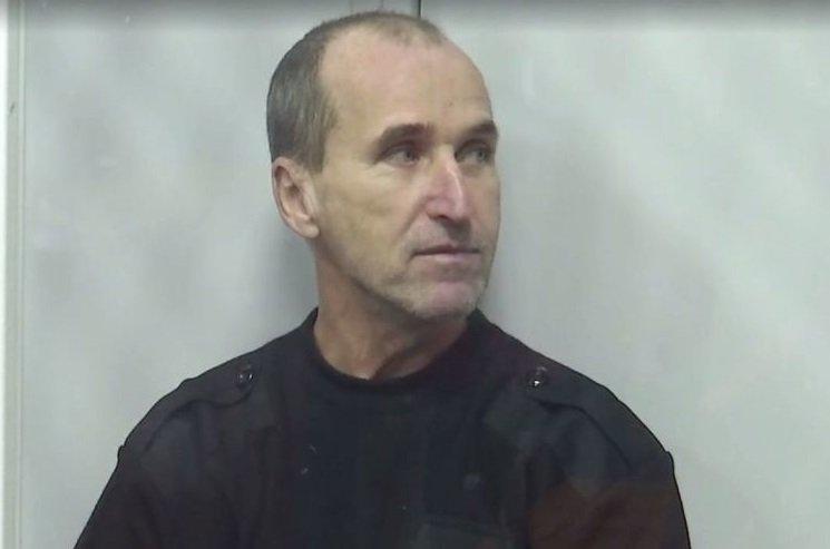 Суд отпустил осужденного на10 лет, который сжигал машины сепартистов