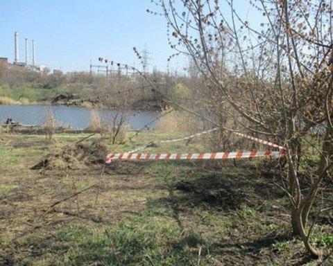 По-звірячому вбив і закопав тіло біля річки: українців вразив моторошний випадок