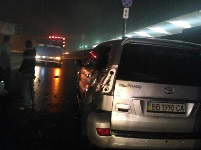 Есть пострадавшие, шофёр попытался исчезнуть — ДТП вКиеве