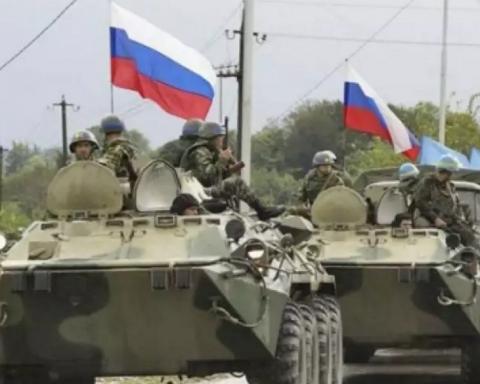Путін йшов на Харків та Київ: Турчинов розкрив деталі вторгнення РФ