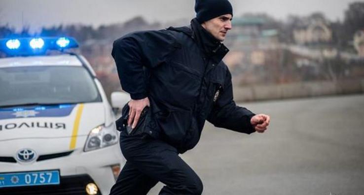 """У Києві оголосили план """"Перехоплення"""": зловмисники зухвало викрали жінку"""
