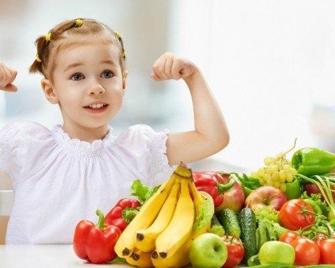 Эти фрукты и ягоды убивают здоровье человека