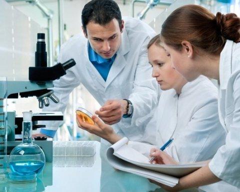 Медики назвали опасные симптомы рака легких