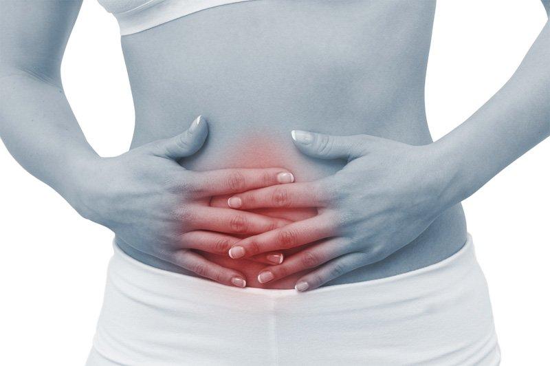 Болі в животі: лікарі назвали п'ять основних причин