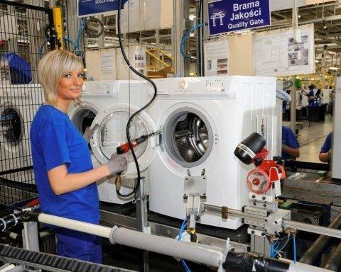 Кабмін дозволить українкам працювати на шкідливих роботах