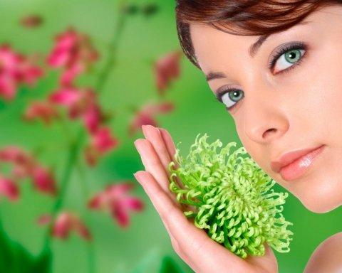 Диетологи назвали три главных продукта для женского здоровья