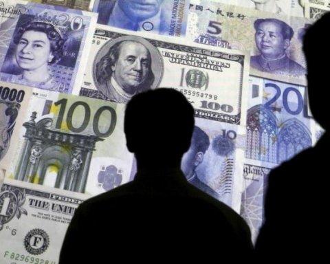 Не долларом единственным: чиновники сделали «оффшорными» более тысячи квартир