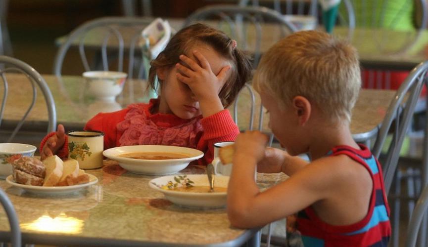 Масове отруєння дітей у дитсадку: з'явилися подробиці