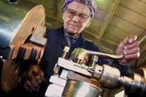 Яка пенсія буде в українців з невисокими зарплатами