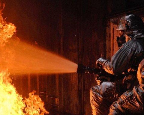 Адская ловушка: охранник металлолома сгорел в пожаре