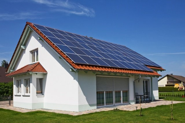 Ощадбанк даст украинцам денег на зеленую энергию