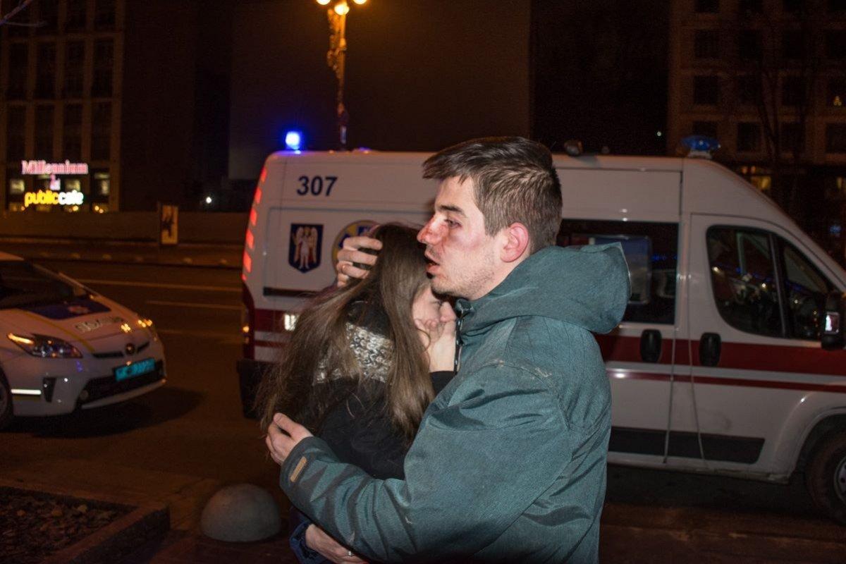 Работники пиццерии жестоко избили трех своих клиентов в Киеве