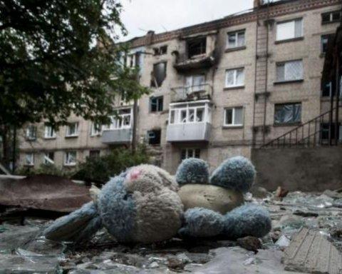Маленького ребенка убило снарядом боевиков на Донбассе