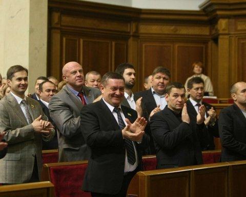 У Порошенко намекнули на роспуск парламента посреди лета