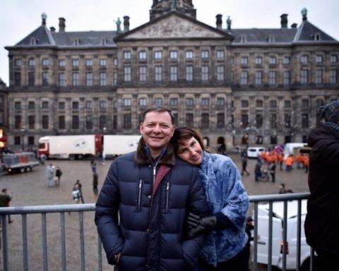 """Українці вражені: Ляшко на вулицях Амстердаму поставив мережу """"на вуха"""""""