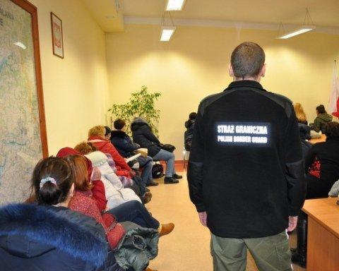 Массовая депортация украинцев из Польши: появились новые подробности