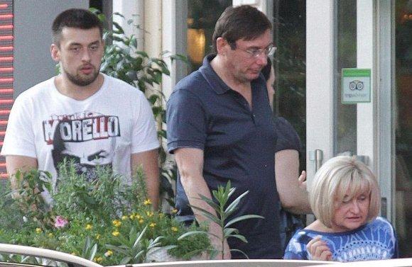 Розкішний відпочинок за 170 тисяч  подарував батькам Луценко-молодший
