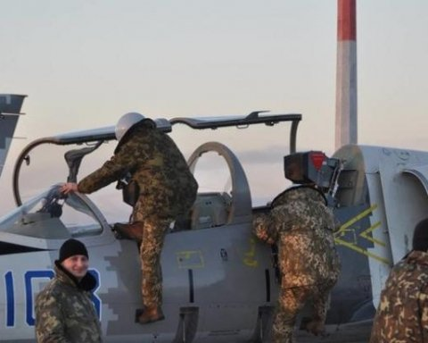 Высший пилотаж украинских летчиков подорвал соцсети