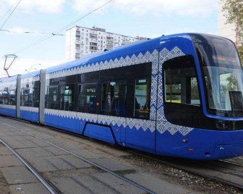 В Киев прибыли новые трамваи из Польши