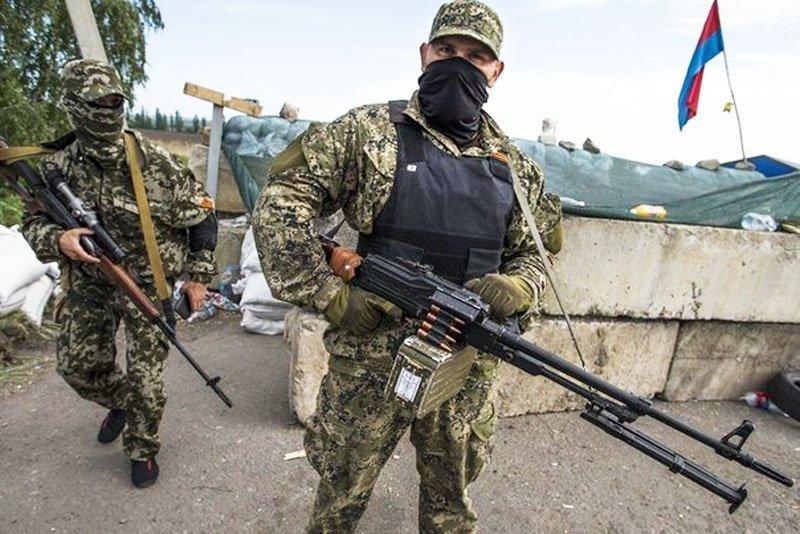 Российские боевики и военные устроили на Донбассе кровавые разборки: появились подробности