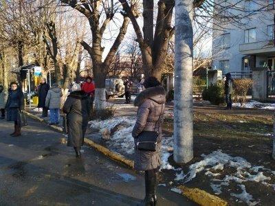 ВЧерновцах джип сбил троих человек около остановки