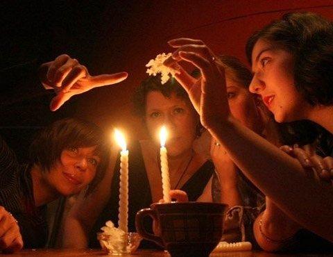 В ночь на Рождество: лучшие рождественские гадания