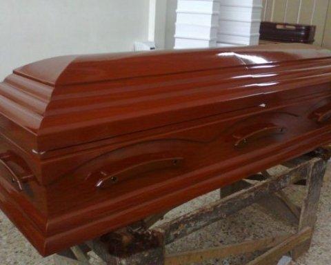 Ребенка в гробу родила мертвая женщина