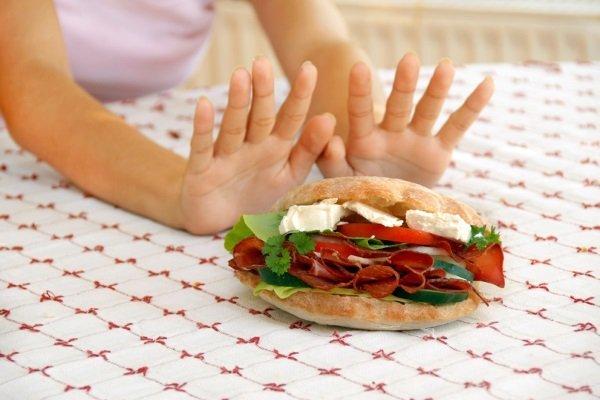 Медики назвали продукти харчування, які вбивають здоров'я