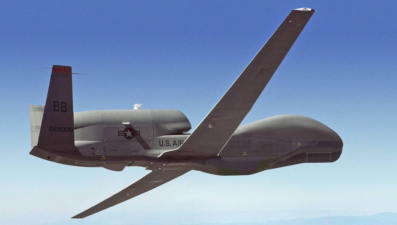 Беспилотник ВВС США пролетел над полосой разграничения наДонбассе