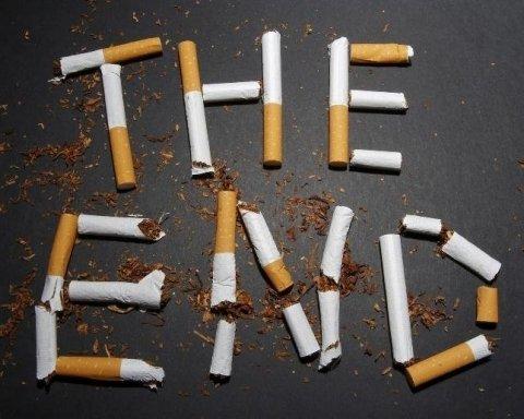 Водіям на замітку: паління цигарок прирівняли до серйозних порушень