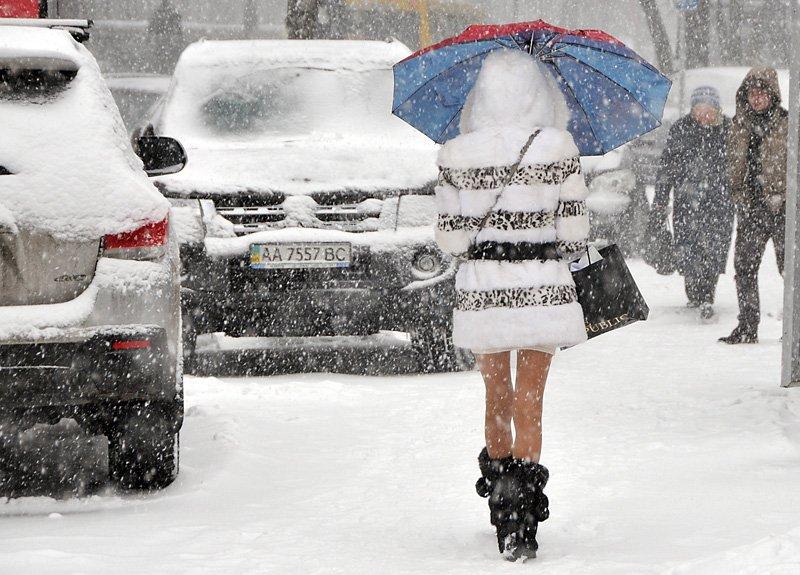 Мощные снегопады идут в Украину