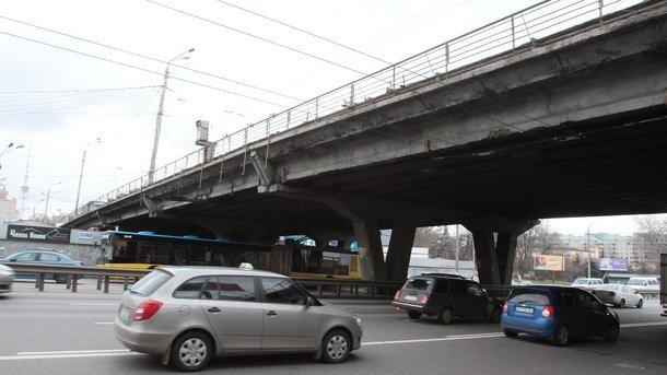 Київ готується до величезних заторів: розпочинається ремонт моста на Шулявці