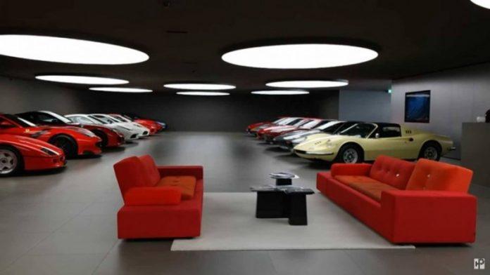 Гараж мечты: блоггер показал роскошную коллекцию Ferrari