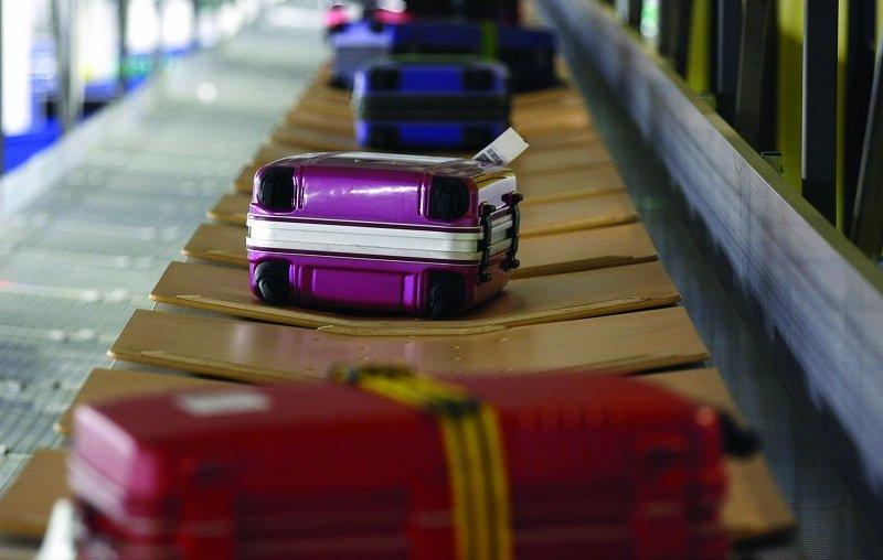 Камера хранения в«Борисполе»: как сотрудники аэропорта «копаются» ввещах