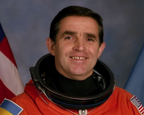 У Києві прощатимуться з першим космонавтом незалежної України Леонідом Каденюком