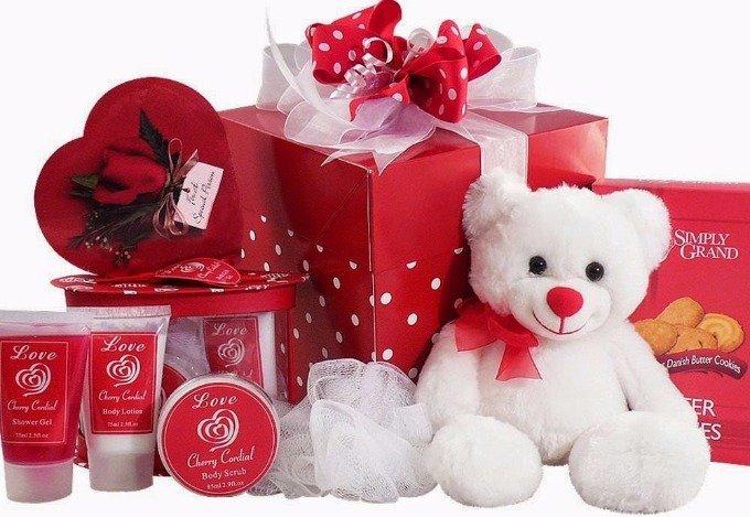 Які подарунки найчастіше обирають українці до Дня святого Валентина