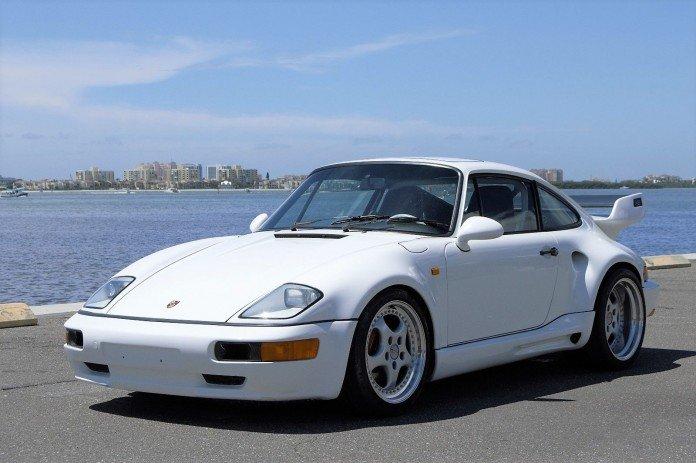 Единственную в мире модель Porsche «засекли» в Украине