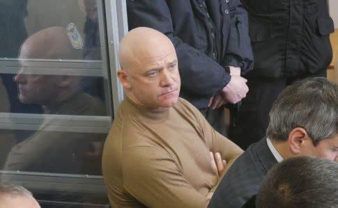 Суд. Геннадій Труханов