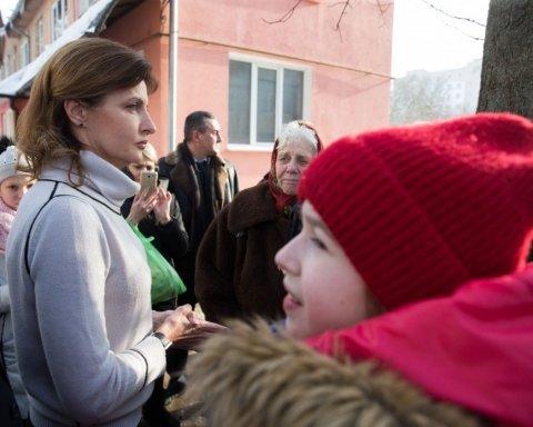 Дружина Порошенка вразила українців яскравим образом