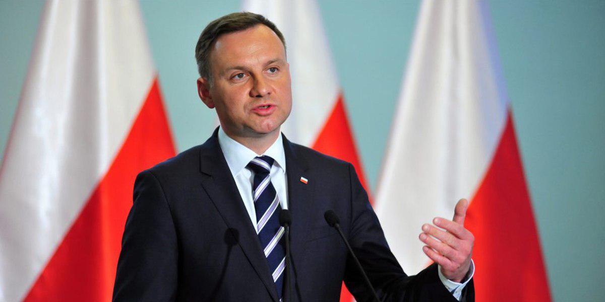 Три роки «за Бандеру»: що очікує на українців після прийняття «антиукраїнського» закону у Польщі