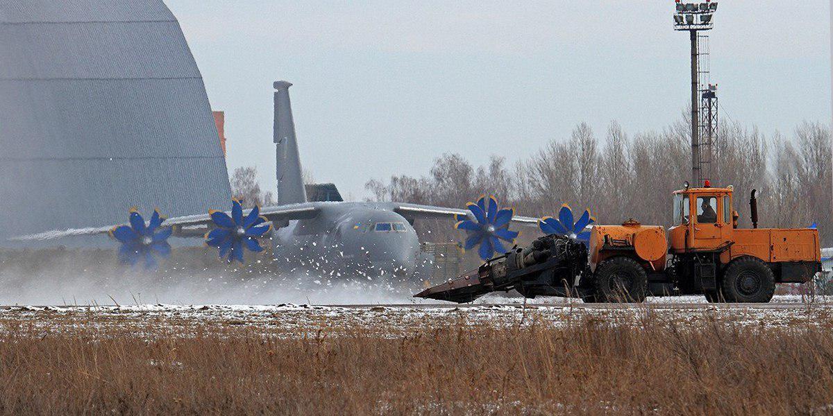 Второе пришествие Ryanair: обещания Гройсмана и реальность Омеляна