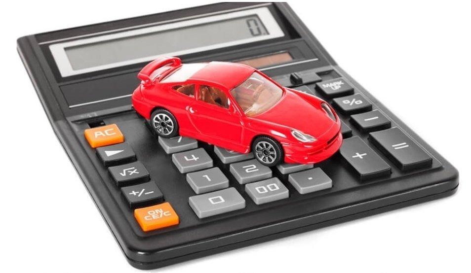 Українці рекордно переплачують за нові авто: стало відомо чому