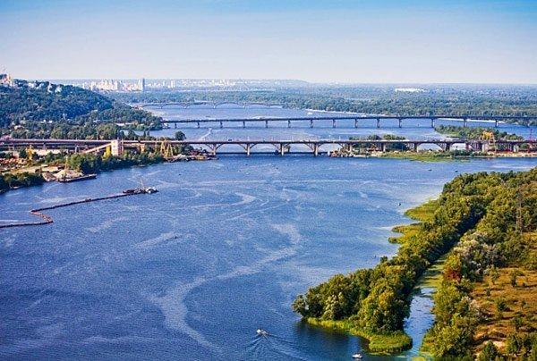 Українців попередили про прийдешній дефіцит прісної води