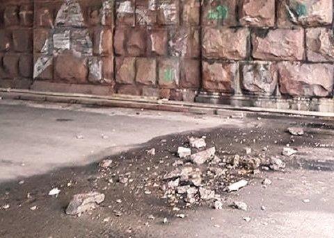 В столице «устал» еще один мост: киевляне бьют тревогу