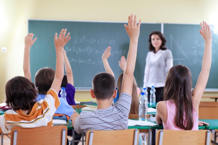 Учит на русском: языковой скандал в школе поразил украинцев