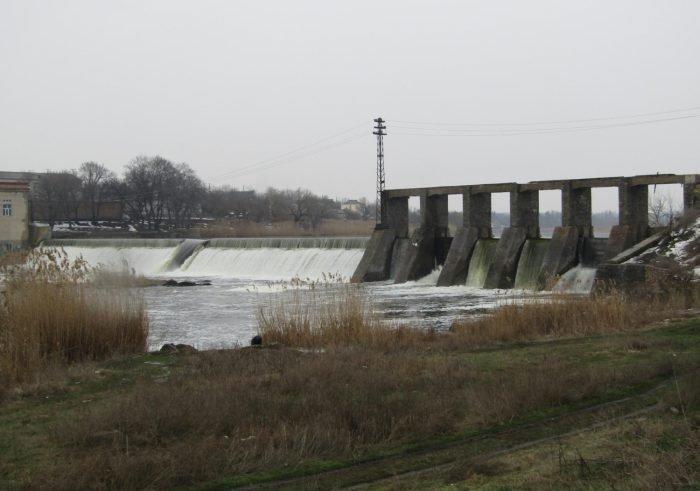 На Первомайской ГЭС прорвало плотину: поднялся уровень воды в Южном Буге