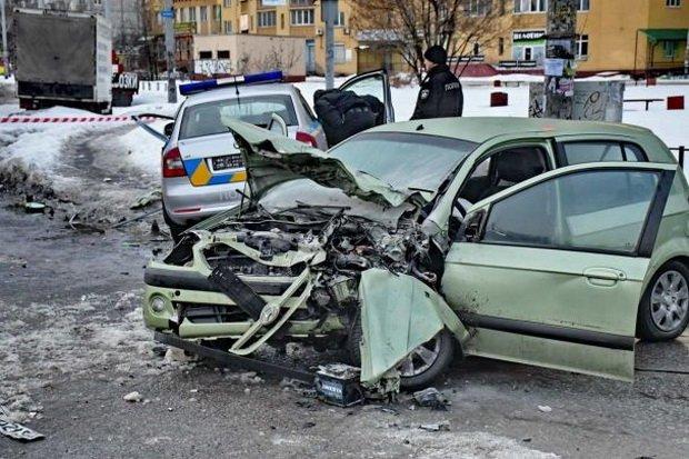 У Києві водій влаштував п'яну ДТП, поліцейські в реанімації