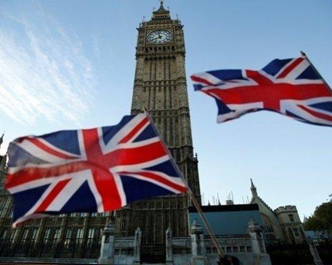 Велика Британія поки не планує вводити санкції проти РФ у зв'язку з новими отруєннями