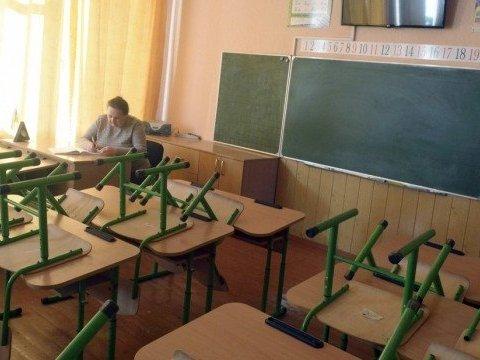 Через Росію в Україні закривають всі навчальні заклади
