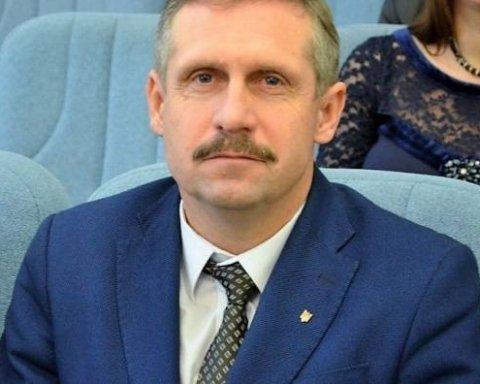 Миллионы на счетах: украинцев поразили доходами семьи заместителя городского головы